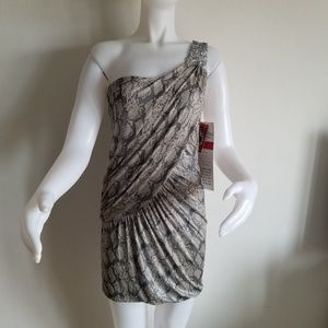 Trixxi M one shoulder gray mini dress